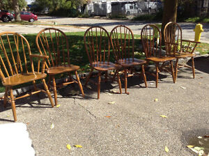 VERY NICE SET OF 6 vintage oak chairs firm price Cambridge Kitchener Area image 1