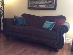 Sofa and matching loveseat in Perfect condition London Ontario image 1