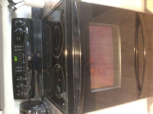 Black 5 burner stove with convection