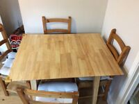 Extendable dining table 4-6 seater