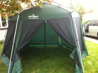 Cuisinette Camp Trail style gazebo pour camping