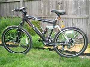 GMC mountain bike disc brakes/dual shocks...great deal!