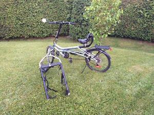 Vélo et support à velo