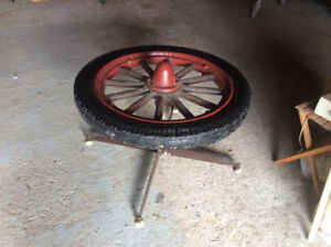 ANTIQUE WOOD SPOKE WHEEL AND TIRE TABLE???