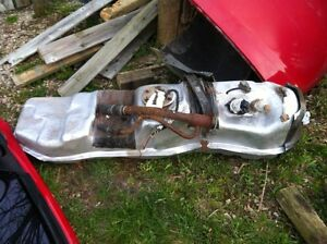 1998 56-57 inch long year & 1/2 old gas tank & straps