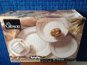 20 Piece Dinnerware Set with 24K Gold Rim-Never Used!!