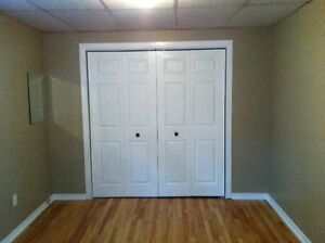 AMAZING 1 bedroom apartment close to everything in minutes!!!!