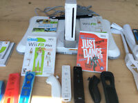 WII Game, MANY EXTRAS