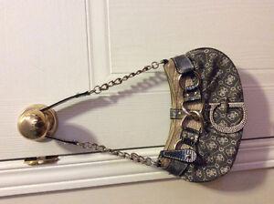 Cute Guess purse