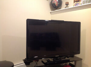 Phillps 1080p tv with 3 hmdi inputs