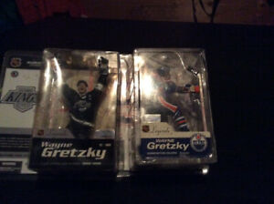 Mcfarlane Wayne Gretzky figures 40 for the pair