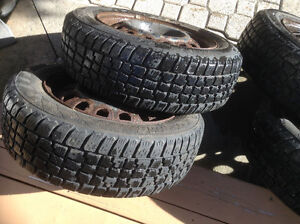 4 Avalanche winter tires with basic rim, 175/65 R 14