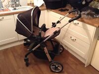 **REDUCED** SILVER CROSS PIONEER TRAVEL SYSTEM + ISOFIX BASE FREE OF CHARGE