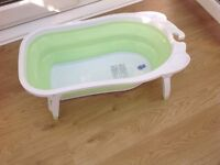 COLLAPSIBLE BABY BATH