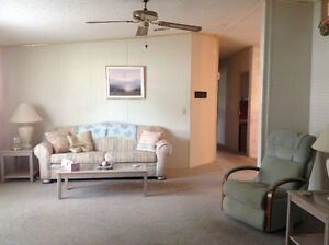 TRY AN OFFER On This Beautiful, Large, Manufactured Home Kingston Kingston Area image 3
