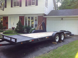 Tandem axle trailer, 7500# capacity, pivoting bed West Island Greater Montréal image 3