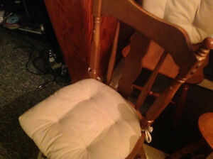 dining chairs 4 solid maple wood set good shape ,only 50 dollars Kitchener / Waterloo Kitchener Area image 6