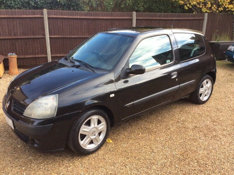 2005 54 Renault Clio 1.1 extreme ltd edition 3 door low mileage