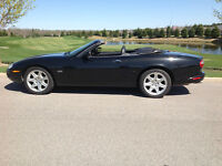 Beautiful 2000 Jaguar XK8 Convertible