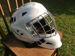 Vaughn adult large goalie helmet