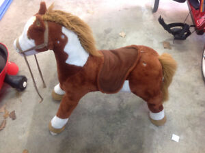 Kids horse riding toy
