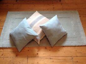Rug and cushion bundle