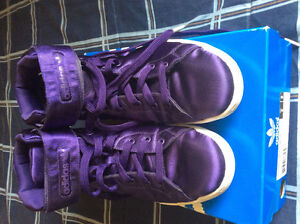 Rare mint condition women's  Adidas hightops