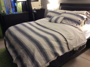 Double/ Queen bedding ( duvet) from Linen and Things