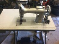 Singer large heavy duty sewing machine will sew leather canvas etc