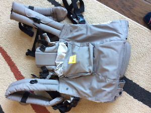 Brand new never used Lille baby carrier Kitchener / Waterloo Kitchener Area image 1