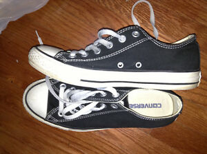 Great condition Converse All Stars runners for sale
