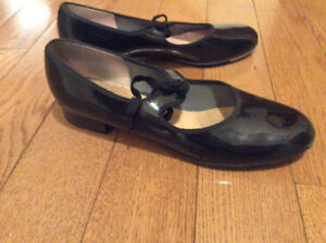 Adult Tap shoes size 8