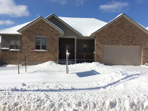 SPECTACULAR 60 FOOT WIDE 3 BEDROOM BUNGALOW IN THE CITY !!!