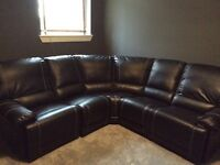 Leather corner suite