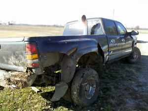 """LOOKING FOR A WRECKED 2006 LBZ DUALLY"""