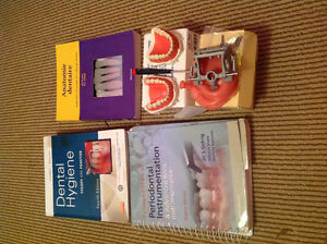 Dental Hygiene books/materials and others (French+Philosophy)
