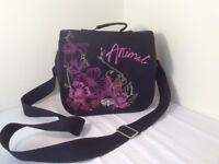 ANIMAL BAG LOVELY FLORAL EMBROIDERY