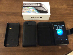 iPhone 4S- c/w charger,3 cases- excellent condition