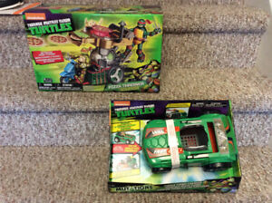 New! TMNT pizza thrower or turtle turbo charger