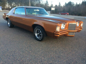 1971 Pontiac Grand Prix 400 B.B. 50,000 miles loaded air $6000.0