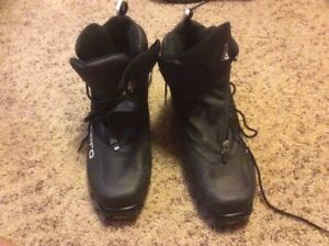 Men's Technopro SNS Profil Boots, barely used - Size 9.5