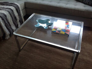 3-Piece Modern Chrome & Lucite Coffee & End Tables Set Peterborough Peterborough Area image 1
