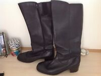 Ladies leather boots size 8 Kayshoes