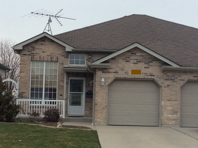 Beautiful Home In Kingsville For April 1 | House Rental | Leamington |  Kijiji