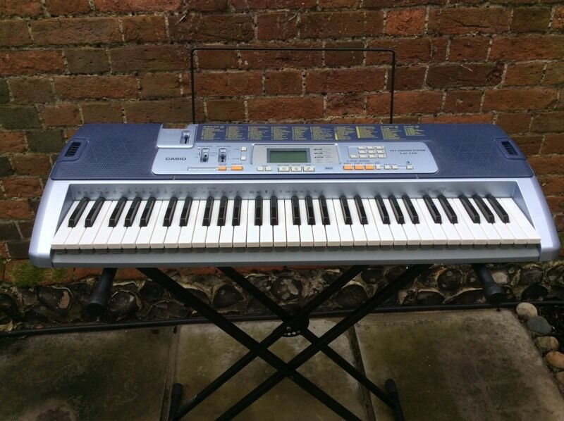 Casio key lighting keyboard LK100 with stand & Casio key lighting keyboard LK100 with stand | in Beccles Suffolk ... azcodes.com