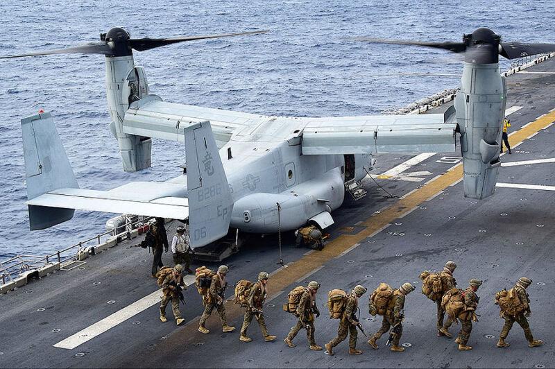 U.S. MARINES EXIT MV-22 OSPREY HELICOPTER 12x18 SILVER HALIDE PHOTO PRINT