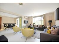 3 bedroom flat in Boydell Court, St Johns, NW8