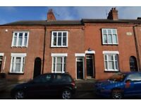 3 bedroom house in Adderley Road, Leicester