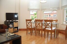 Beautiful 3 bedroom flat between Kilburn station & Cricklewood Broadway - Available 13/07