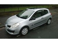 RENAULT CLIO 1.3 (NEW SHAPE) Excellent Condition, Electric Windows, P/Steering, AirCon, Sunroof, CD